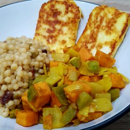 Moroccan spiced vegetables with halloumi